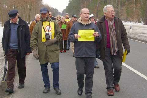 Waldsterben: Schulzendorfer protestieren!