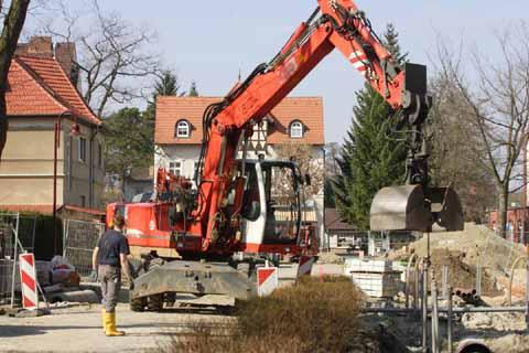 Hammerpreis: 16 Kilometer Straßen für 4 Millionen Euro – zum Teil sogar kreditiert!
