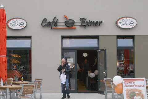 Neues Cafe im Ortszentrum: Leckermäuler kommen auf ihre Kosten!