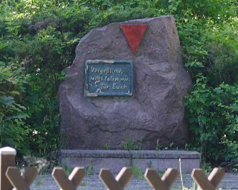 Gesucht: Neuer Standort für Gedenkstein!