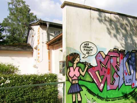 Umbau Butze:  Ein Schrecken ohne Ende? Schulzendorfs Gemeindevertreter schalten sich ein und nehmen die Baustelle unter die Lupe!