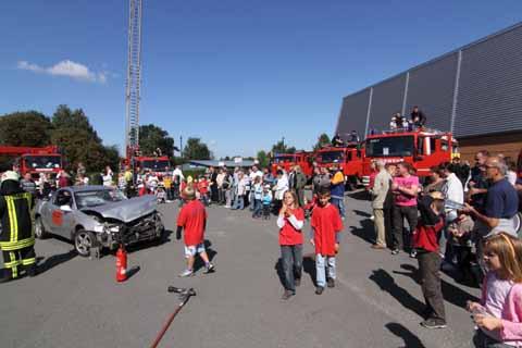 Tag der offenen Tür: Schulzendorfs Feuerwehr lockte mit einem großartigen Spektakel Hunderte Schaulustige an!