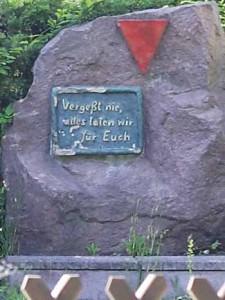 Gefunden: Neuer Standort für  Gedenkstein!