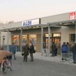 Ohne Helm ist ab Dezember 2011 das Betreten des Ortszentrums nur mit einem Strafmandat möglich.