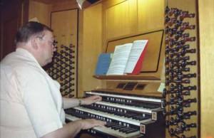 Kultur: Orgelkonzert in der evangelischen Kirche Eichwalde.