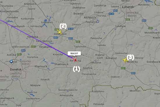 Das Unglücksgebiet: (1) - Flug MH 17; (2) Flug SQ 351 nach Singapur; (3) Flug AI 113 nach Birmingham (Screenshot www.flightradar24.com)