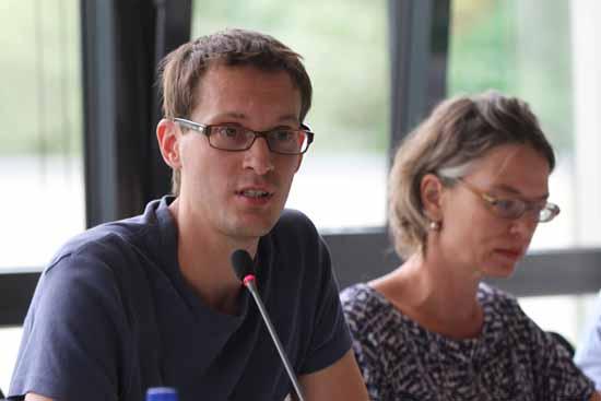 Benjamin Raschke (Bündnis 90/Grüne) will mit Gebührenerhöhung den Flugverkehr in der Nacht lenken.
