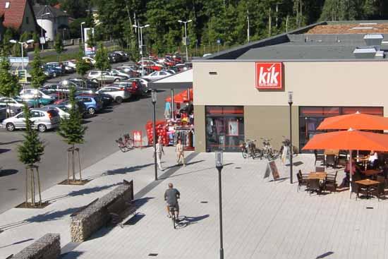 Das Ortszentrum wird erweitert. Bald gint es noch mehr Verkaufsflächen. (Foto: Wolff)