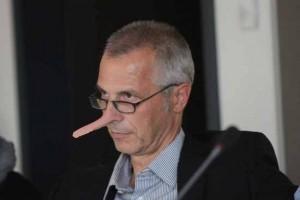 Mit der Wahrheit nimmt es Bürgermeister Mücke nicht immer genau. (Bildmontage Bliefert)