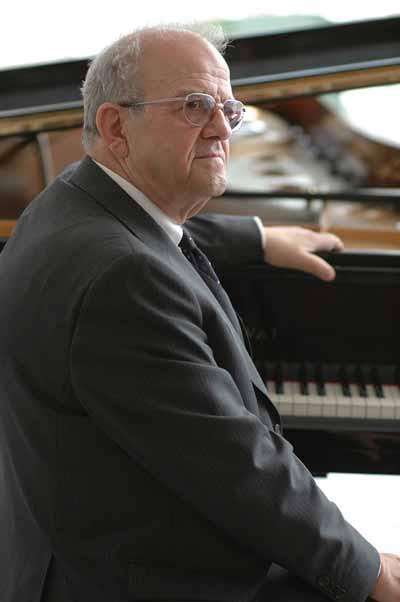 Prof. Georg Sava - Pianist der Spitzenklasse (Foto: Georg Sava)