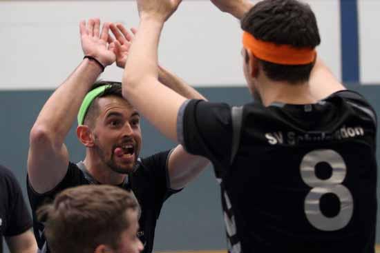 Volleyball: Schmetterlinge fertigen Rivalen mit 3:0 ab!