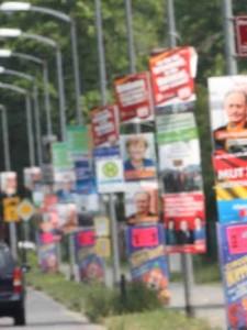 Wahlplakate gestohlen – Polizei ermittelt wegen schwerem Diebstahl