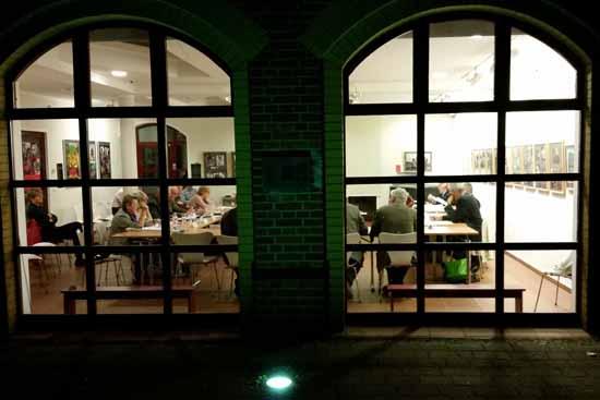 Bis in die späten Abendstunden tagen die Mitglieder des Regionalausschussess in der Alten Feuerwache. (Foto: mwBild)