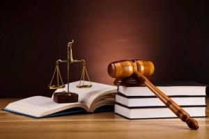 Trifft die rechtlich Beurteilung von Alexander Reech über seinen Dienstvorgestzten zu?