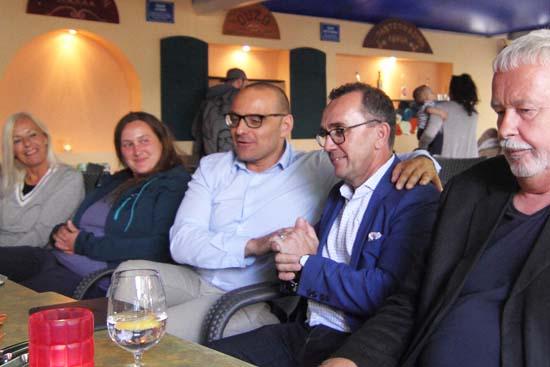 Bildmitte, Björn Lakenmacher (li.) und Jürgen von Meer (re.) - Foto: mwBild