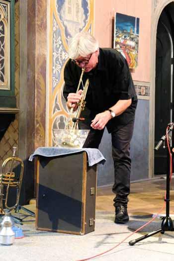 Paul Schwingenschlögls Wassermusik / Foto: Dr. H. Burmeister