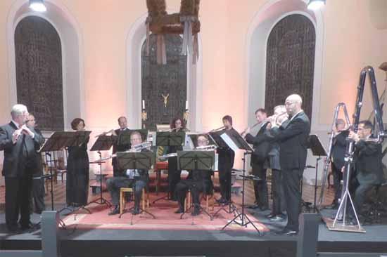 Die 14 Berliner Flötisten – Weltklasse zu Gast bei den Schlosskonzerten Königs Wusterhausen. Foto: Norbert Vogel.