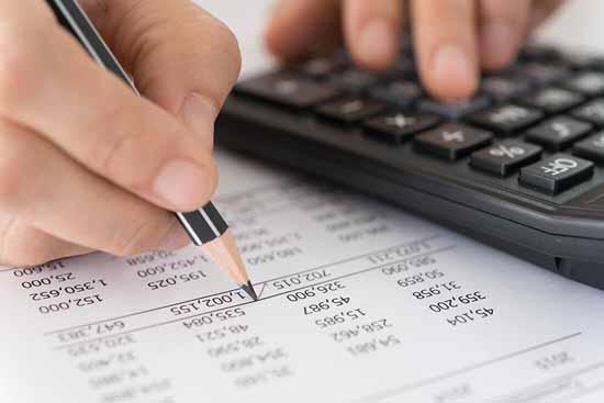 Viele Fragezeichen stehen hinter den den Verwaltungskosten.