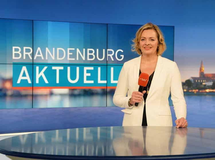 rbb - Moderatorin Tatjana Jury führte am Freitag durch die Sendung. Foto: Bernd Settnik/dpa
