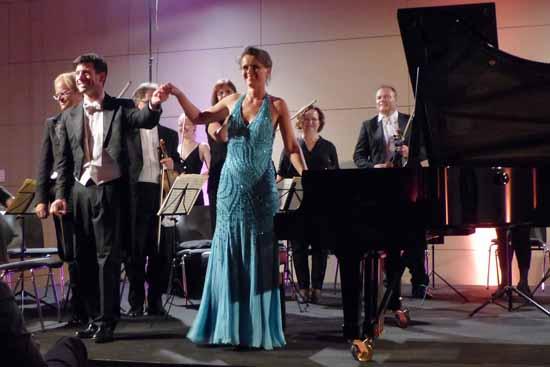 Gerlint Böttcher und das Südwestdeutsche Kammerorchester Pforzheim bei der Eröffnung der Schlosskonzerte Königs Wusterhausen. Foto: Norbert Vogel.