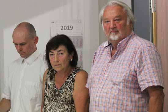 v.l.: Markus Hecker, Sigrid Herion und Fraktionschef Klaus Schmidt. (Foto: mwBild)