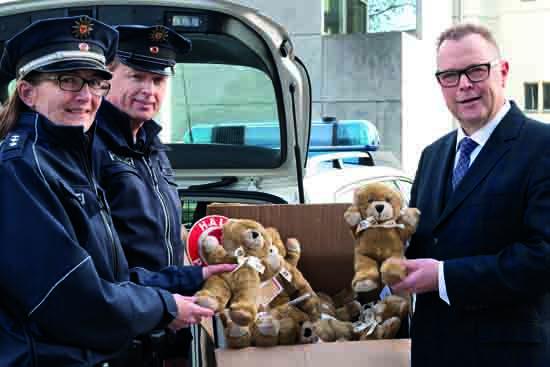 Polizei: 2.000 Teddybären treten Dienst an