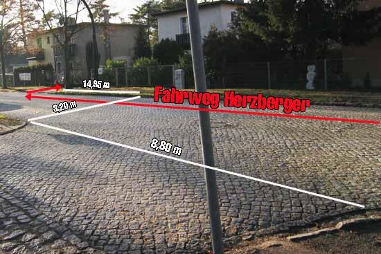 """Der Straßenbereich, in dem sich die """"Blitz"""" - Verfolgung ereignet haben soll. (Foto: mwBild)"""