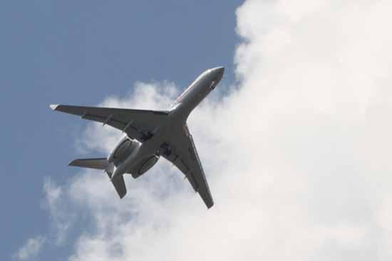 Russischer Jet im Tiefflug. (Foto: mwBild)