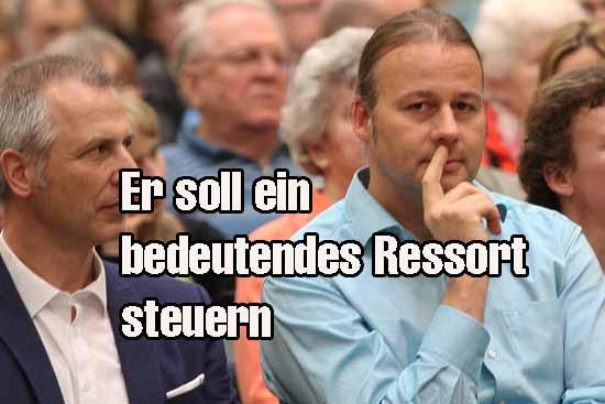 Dr.Thomans Drescher (re.), mit Schulzendorfs Bürgermeister Mücke (SPD-nominiert) bei einem Schulkonzert (Foto: mwBild)