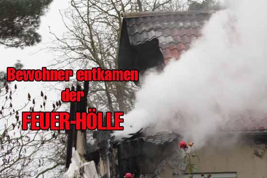 Großeinsatz: Haus in der Jahnstraße brannte lichterloh