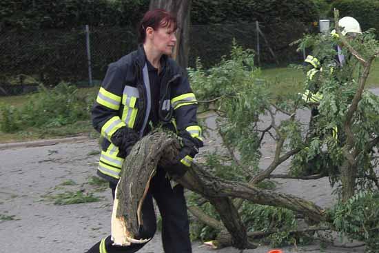 Nicht nur wenn es brennt stehen Schulzendorfs Feuerwehrleute ganz vorn. (Foto: mw Bild)