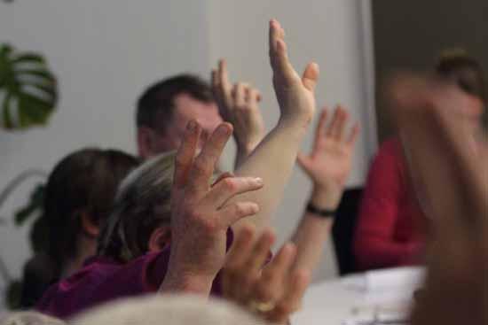 Eine Mehrheit stimmte für den Rausschmiss (Foto: mwBild/Symbolbild)