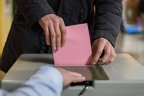 Fälschungsverdacht: Wahleinspruch gegen Ennullat-Abwahl