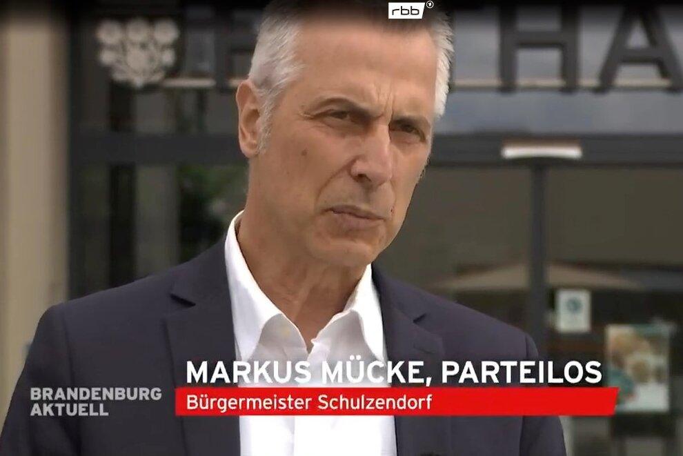 Bürgermeister Mückes PEINLICH-Auftritt im rbb
