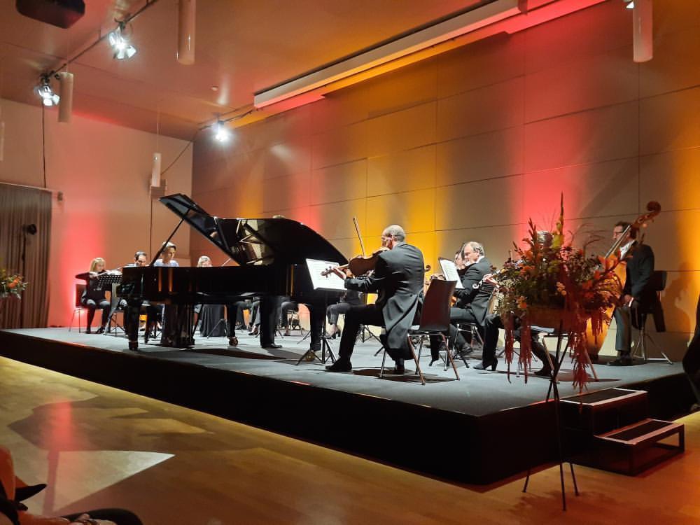 Schlosskonzerte: Einfühlsam-romantischer Auftakt der Festivalsaison